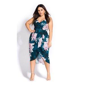City Chic NWOT Jade Bloom Faux Wrap Dress